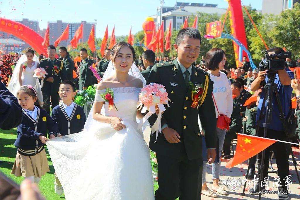 新华网:你嫁给爱情的样子,真美!