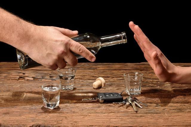 喝醋真能清除血管垃圾,软化血管,预防心脑血管疾病吗?医生辟谣