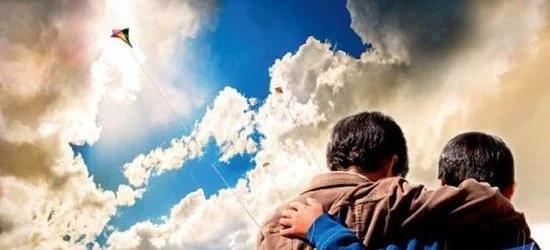 李正丽:追风筝的人